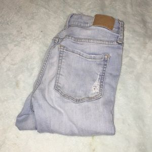 Aeropostale Jeans - high waisted ripped lightwash Aeropostale jeans